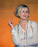 Kirsten Dunst c thru Foto 180 (������� ����� � ����� ���� 180)