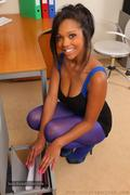[Image: th_060472452_tduid2978_Pantyhose_Ebony_0...3_81lo.jpg]