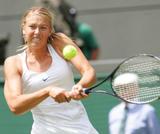 Maria Sharapova - Page 2 Th_91032_Maria_Sharapova_2006_Wimbledon_Championships__Day_Three_12_9lo